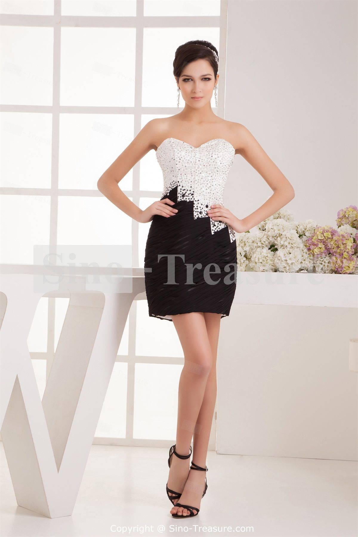17  images about Black white wedding dress on Pinterest  Sheath ...