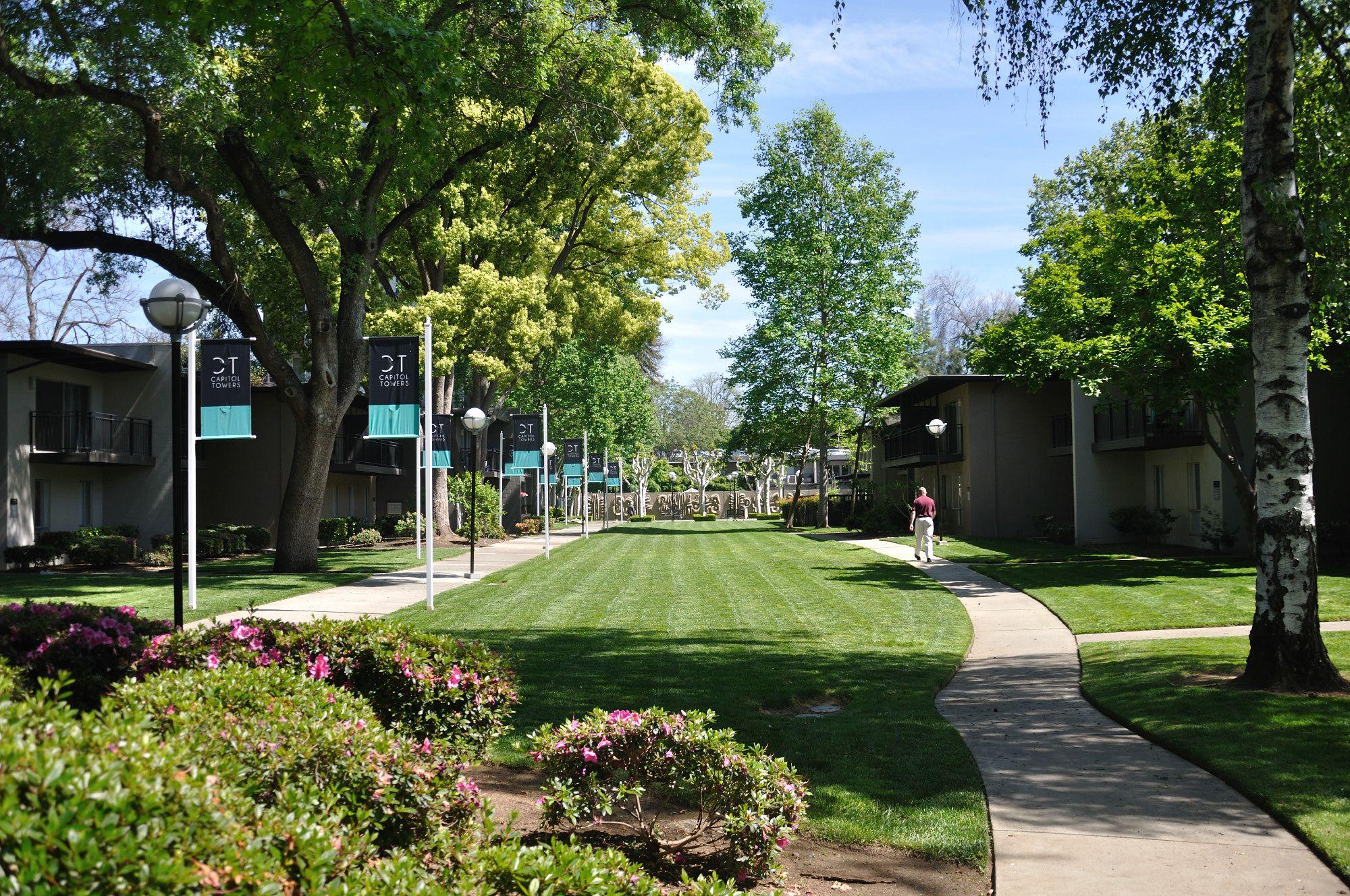 Lawrence Halprin Legacy Capital Towers Apartments Sacramento Ca Photo Courtesy Of Page Turnbull Lawrence Halprin Landscape Architect Landscape