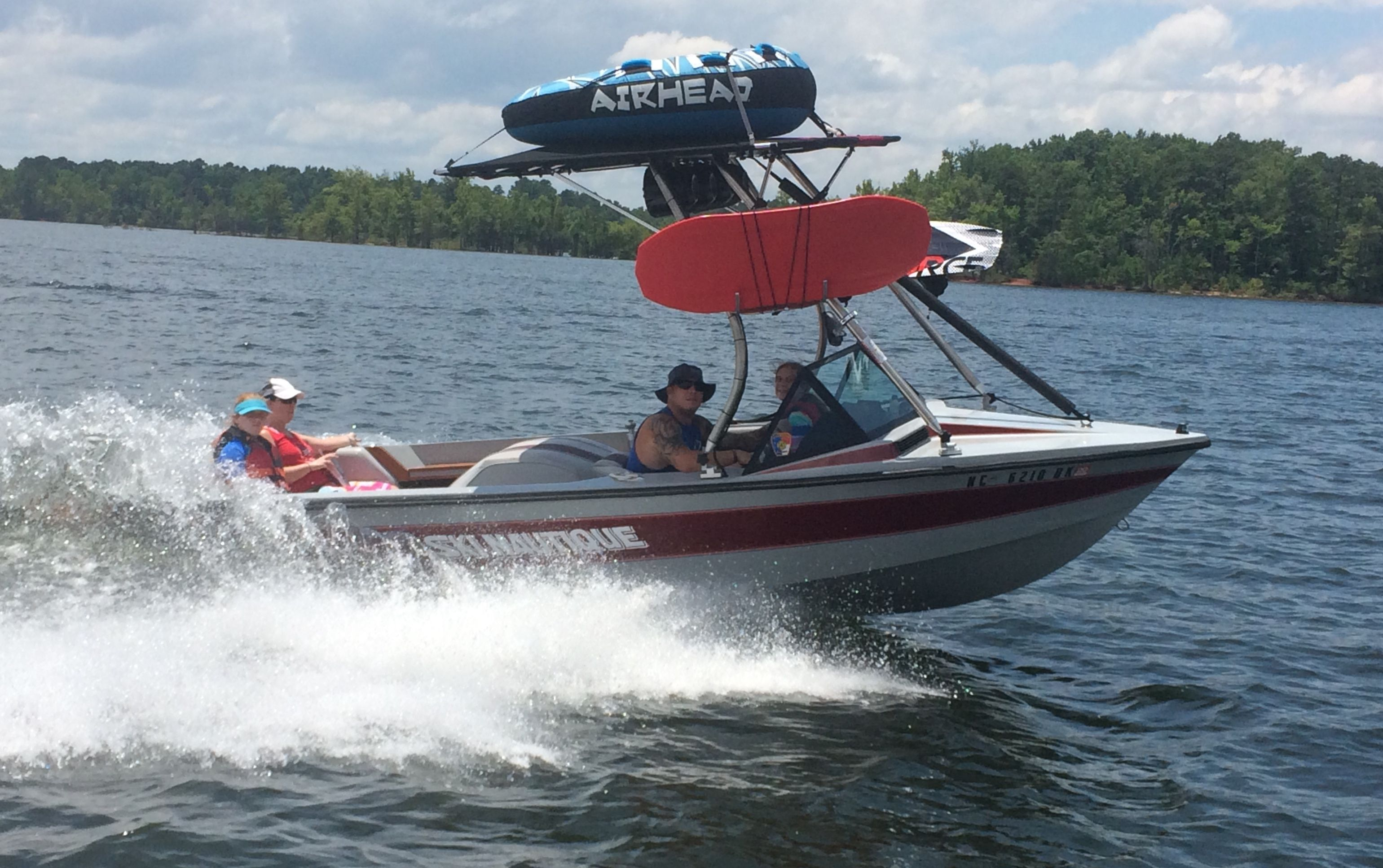 Big Air H2o Wakeboard Tower On A 1987 Ski Nautique Boat In 2020 Wakeboarding Boat Tower