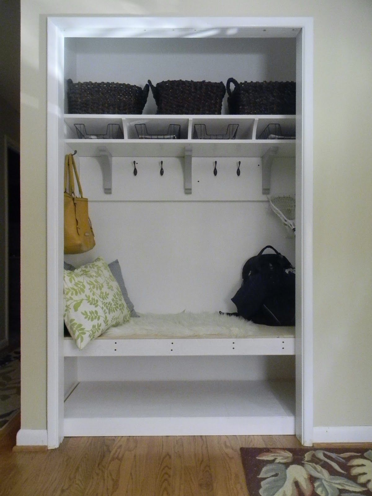 Could Totally Do This At The New House Closet Gt Mud Room