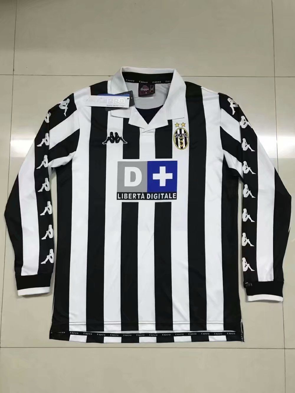 1998/99 Juventus Home Shirt Longsleeve em 2020 Displays