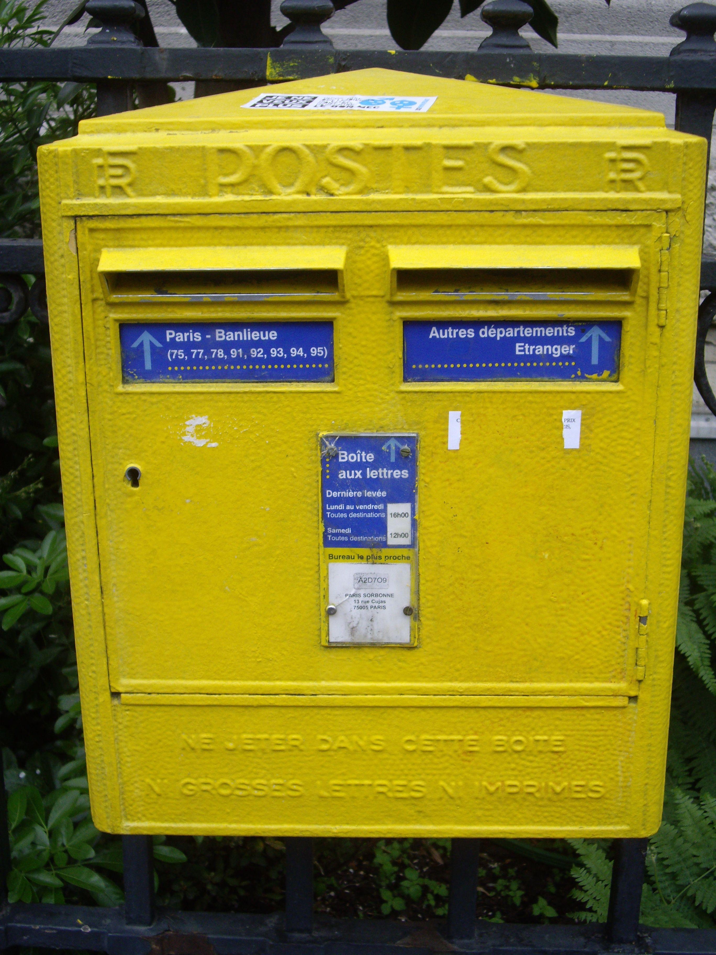 Mail box in Paris, France Antique mailbox, Mailbox