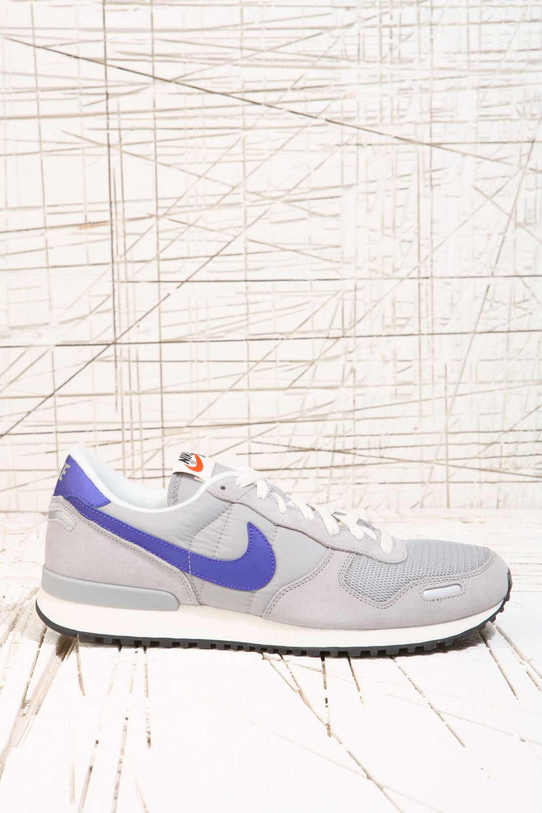 Nike Air Vortex Trainers in Silver at Urban Outfitters Garms