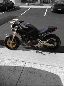 1999 Ducati Monster 750 Dark Edition Motos