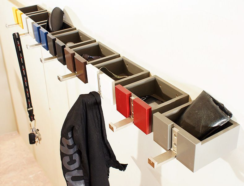 haki garderobe und ablage blau garderobenhaken kombination und praktisch. Black Bedroom Furniture Sets. Home Design Ideas