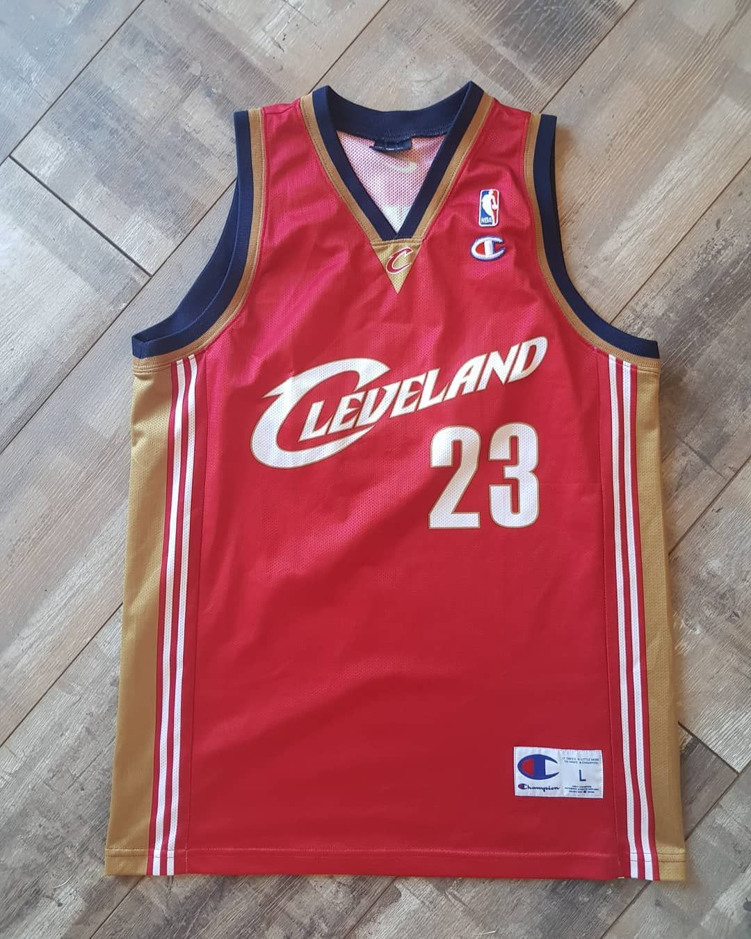 new style e23d9 0a3c5 LeBron James Cleveland Cavaliers Jersey Size Large. 30 ...