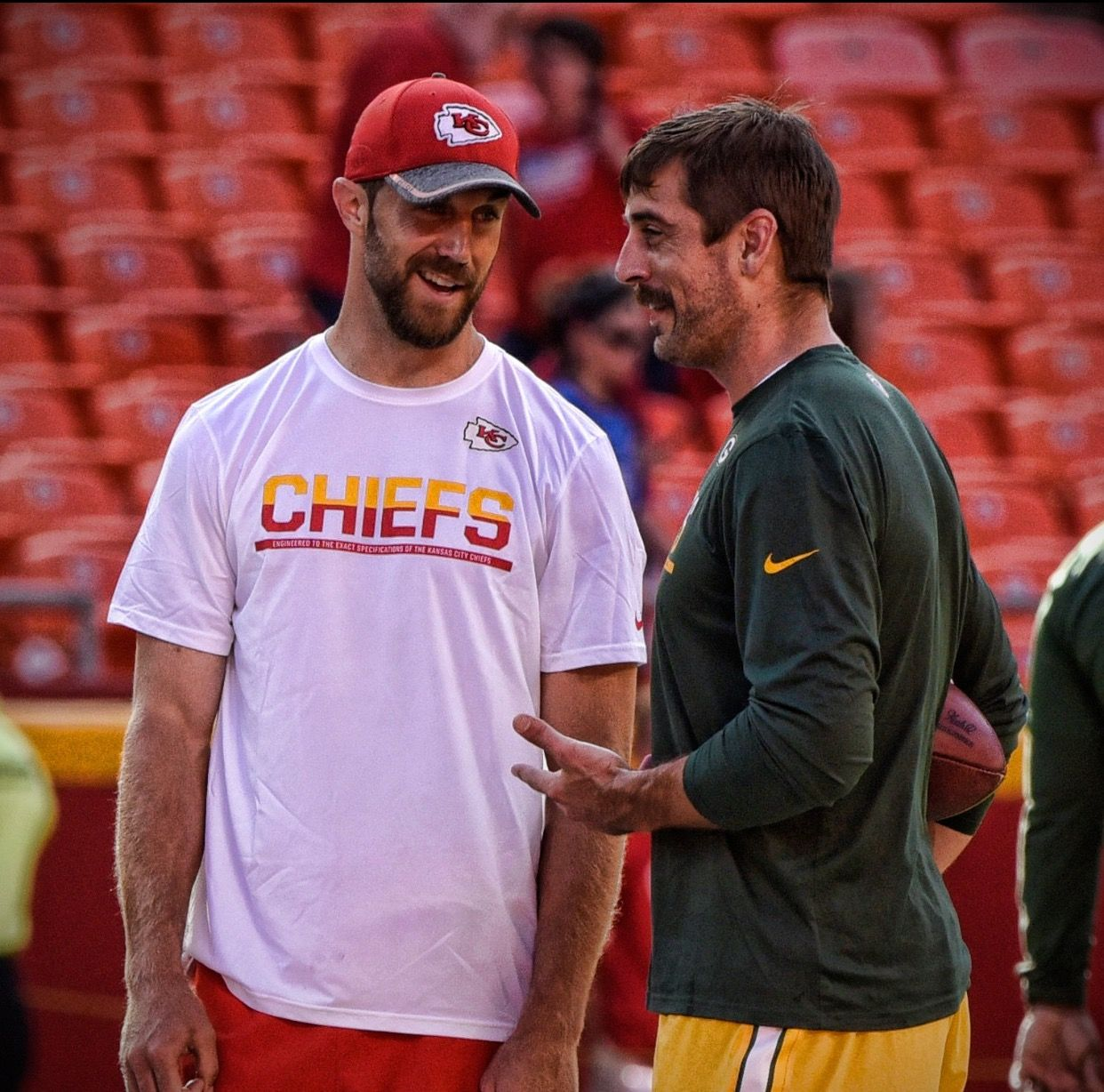 Alex Smith And Aaron Rodgers Same Draft Class Of 2005 Alex Smith Nfl Nfl Football Players Alex Smith Chiefs