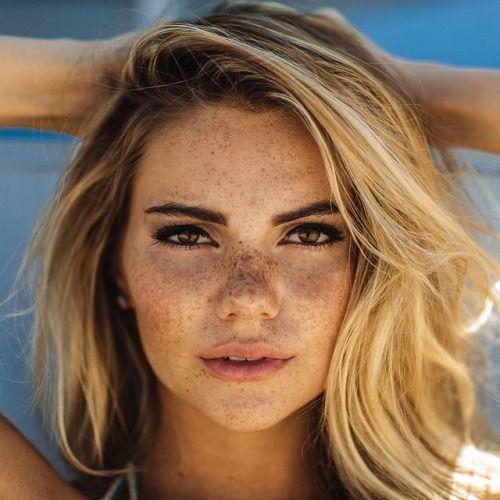 Janessa Gornichec Dark Blonde Hair Hazel Eyes Freckles
