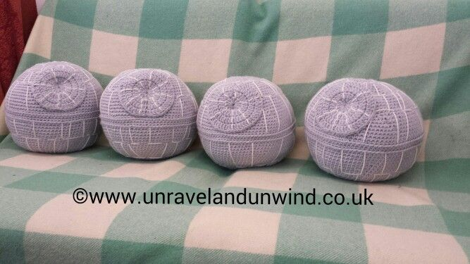 Last day of February and today's 365 creative challenge. Finally the death stars are finished.   www.unravelandunwind.co.uk www.facebook.com/UnravelandUnwind #crafts #handmade #medway #INTRA #crochet #crochetproject #yarn #wool #starwars #deathstar #craftwomanship #hmuk