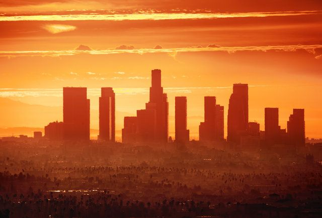A Monster Heat Wave Is Coming For La Los Angeles Pictures Los Angeles Restaurants Skyline
