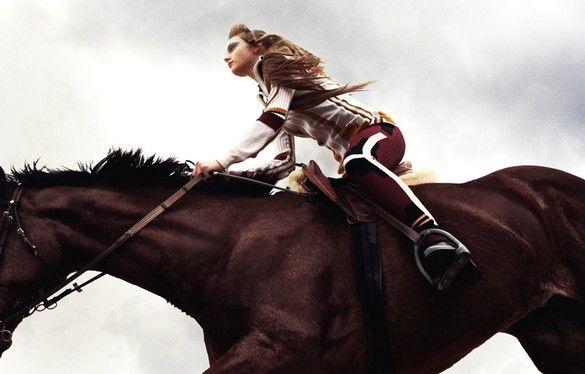 www.pegasebuzz.com/leblog | Horse in Fashion : Gracie Van Gastel by Akinori Ito
