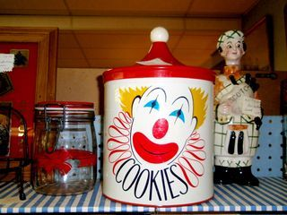 antique cookie tin