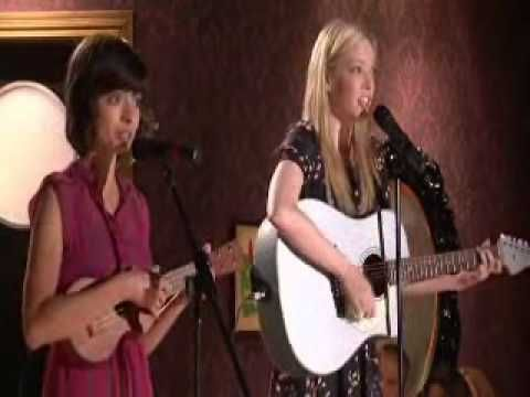Garfunkel Oates Pregnant Women Are Smug This Is A Funny Video For Anyone Who Has Had To Deal With A Smug Preggo Woman