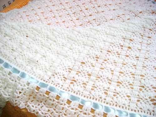 Cobijas tejidas para bebe mantas a mano clasf mantas - Mantas de ganchillo faciles ...
