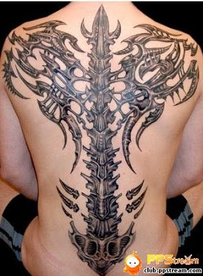 bdf5a8fa49a4a spinal cord 3D tattoo design on the back | Tattoos/Piercings ...