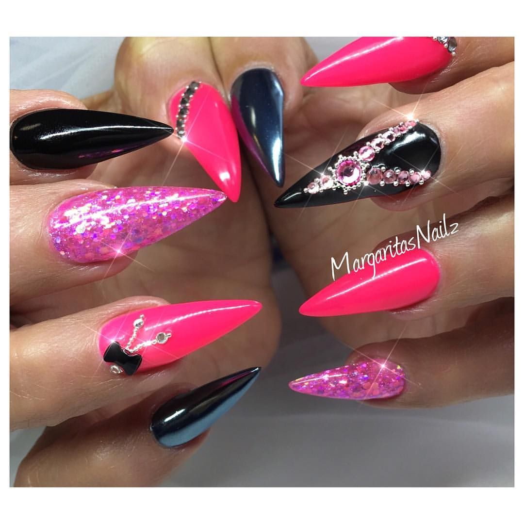 Neon Pink And Black Stiletto Nails With Images Pink Nails Gel