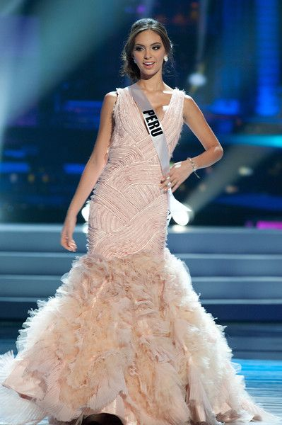 Miss Universe 2011 Evening Gown: Preliminary Competition | Gowns ...