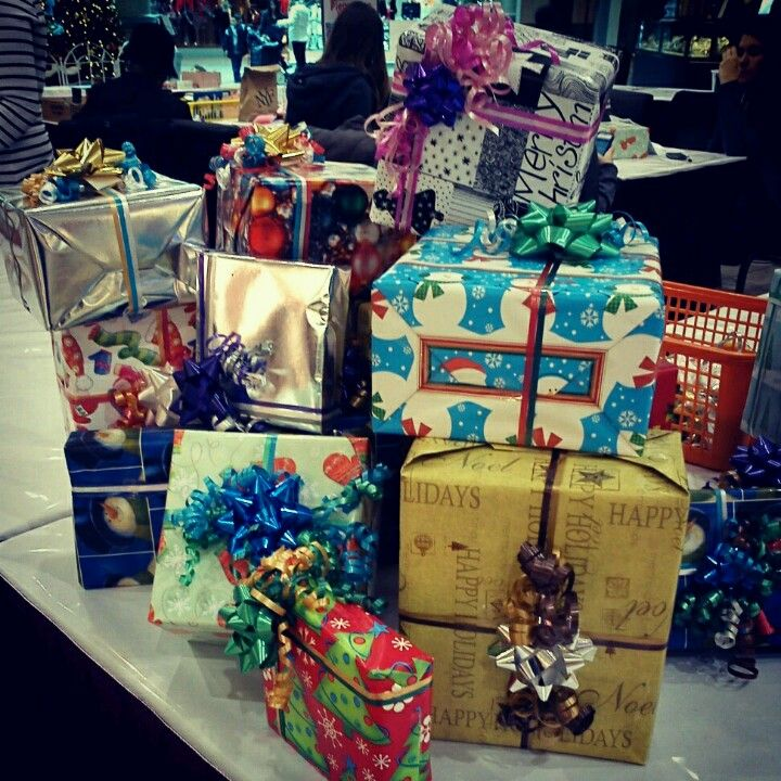 Donating Christmas Gifts: Christmas Gift Wrapping. Donations For Cancer