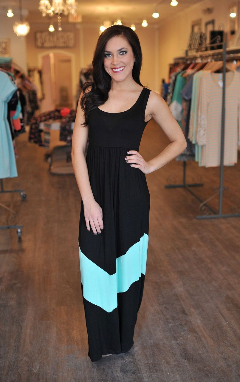 c1e4e4f8888f Dottie Couture Boutique - Chevron Tank Dress- Black | Beauty, style ...