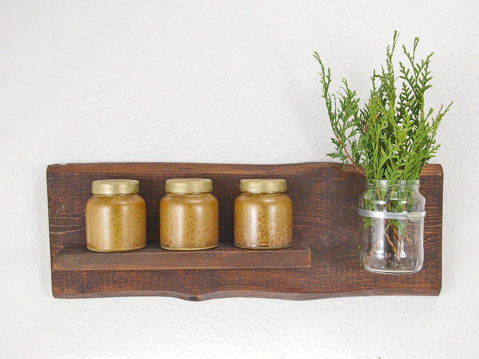 Kleines Wandregal Aus Edlem Holz Mit Vase Und Schelle Einzigartiges Holzregal Mit Vase Nachhaltige Geschenkidee Wandregal Holzregal Und Regal