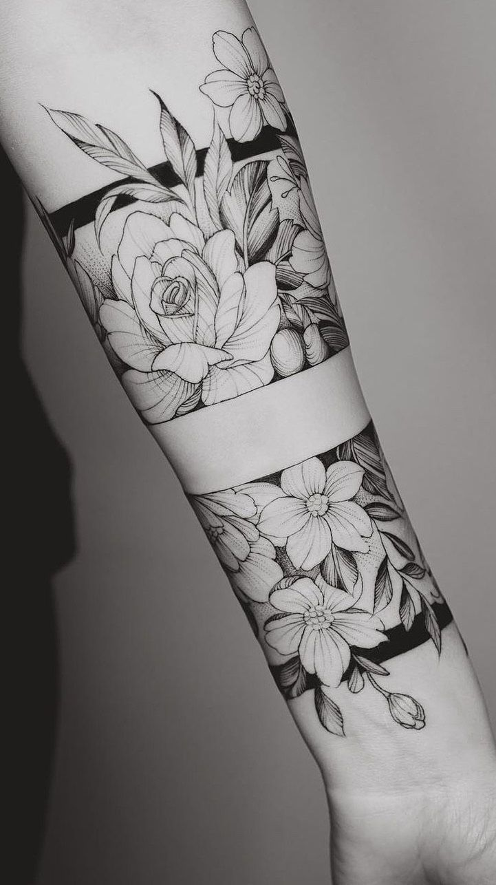 200 photos of female arm tattoos for inspiration - Pictures and Tattoos #bracelet #bracelet in 2020 | Arm band tattoo for women, Arm tattoos for women, Arm band tattoo