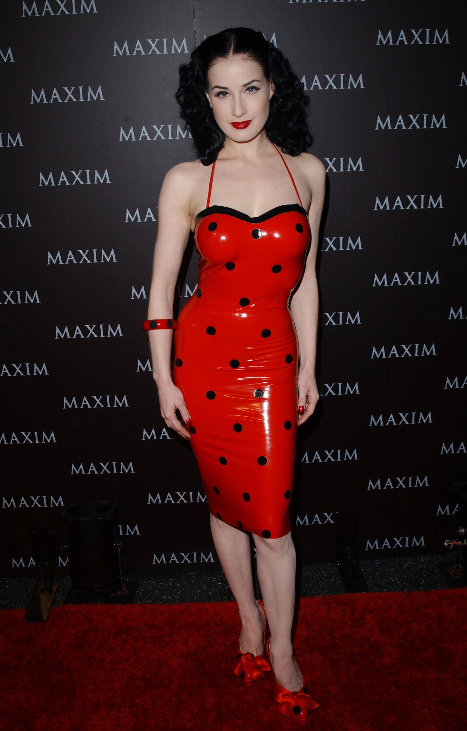 Dita Von Teese. Red latex - For the love of latex | Pinterest