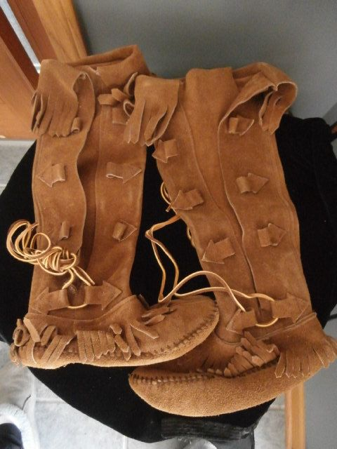05198efefeda4 Vintage TAOS Women's Brown Leather MOCCASINS by OneMoeTimeVintage, $75.00