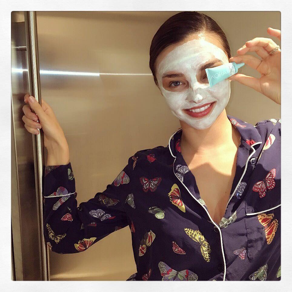 75fd18ecc7 ... 2014 mirandakerr Morning after Met Ball remedy Hydrating Face Mask and  Recovery Eye Gel Cream.