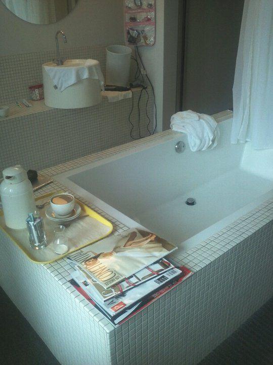 Room Service in Cali :-)
