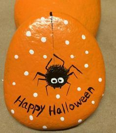 Easy Halloween Crafts for Kids to Make - Rock Painting #pumkinpaintideas