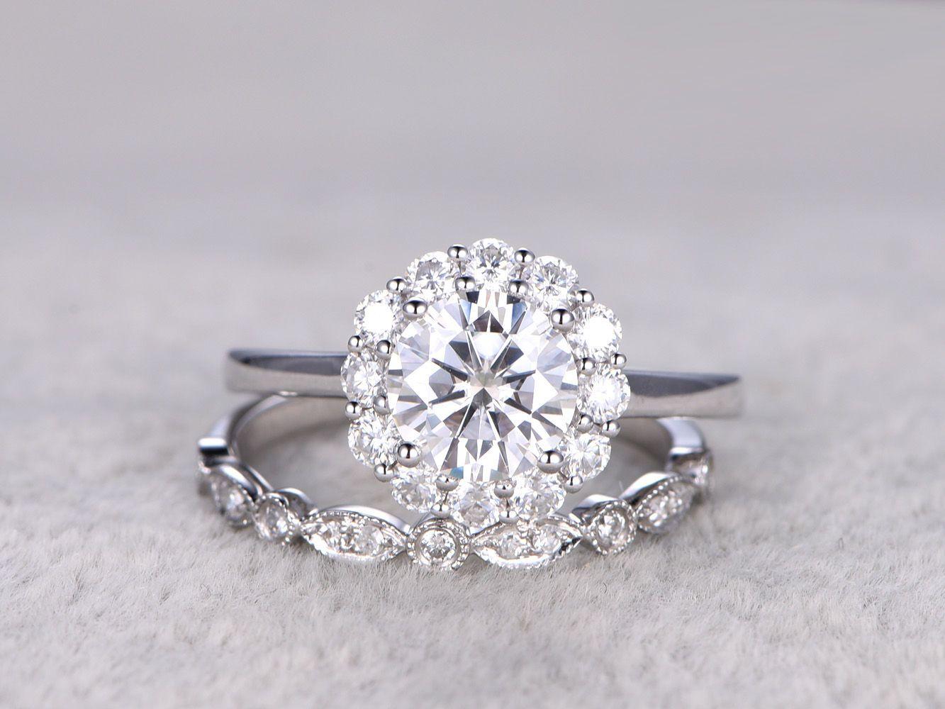 2 Moissanite Bridal Set,Vintage Floral Engagement ring