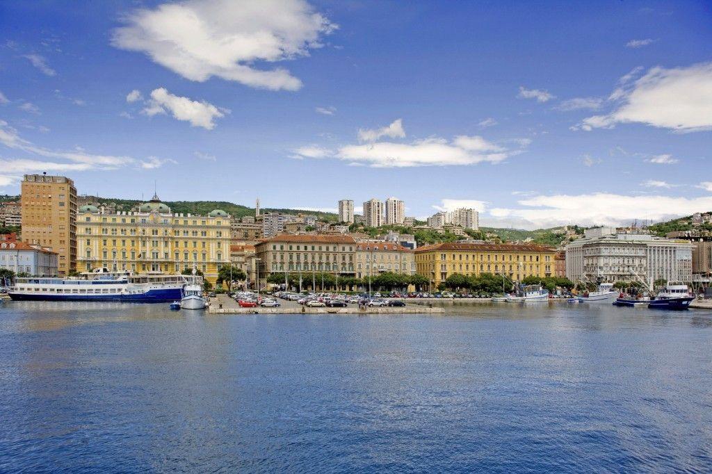 Hafen Rijeka Einschiffungshafen für Kreuzfahrten in der
