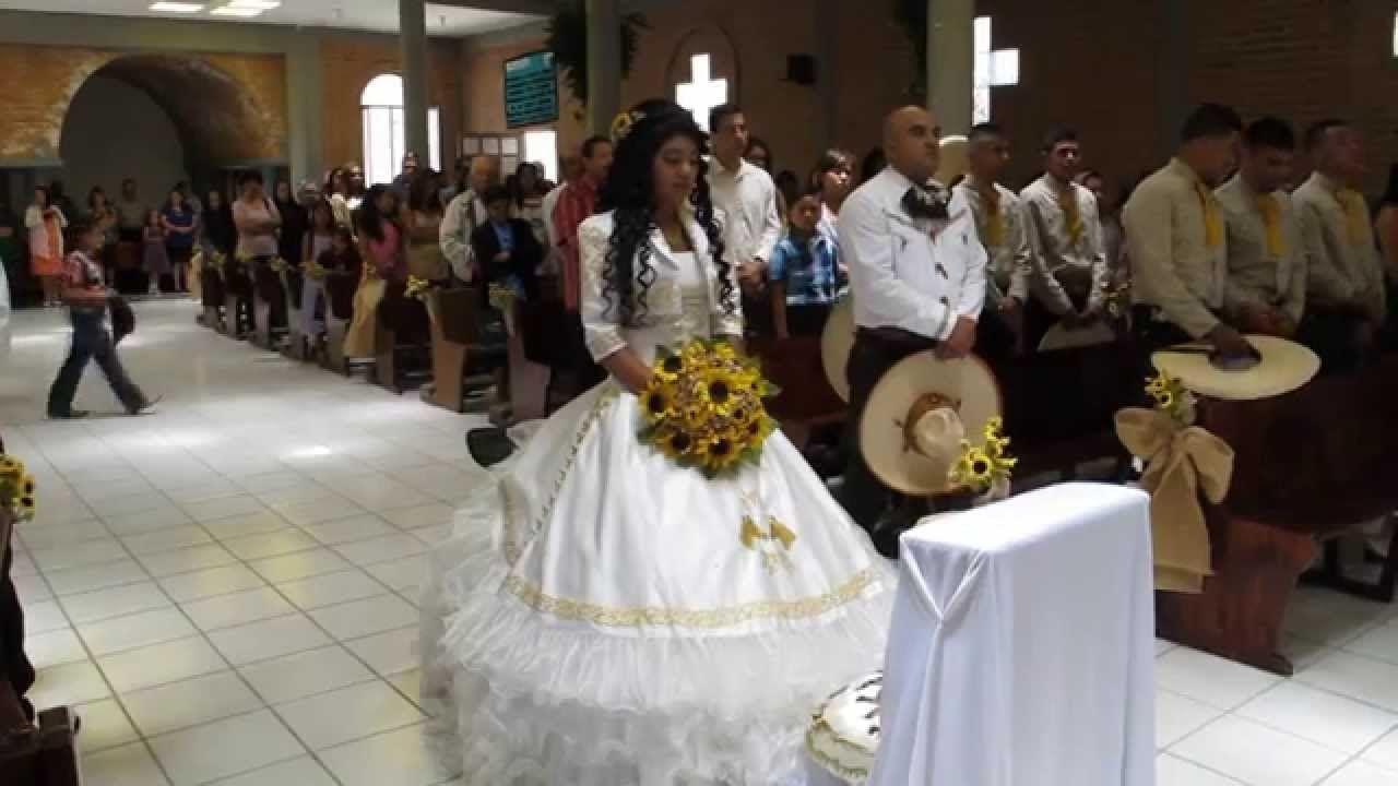 15 Anos Dresses From Mexico: XV Años Charros Estilo San Luis Potosi (Susan Narvaez