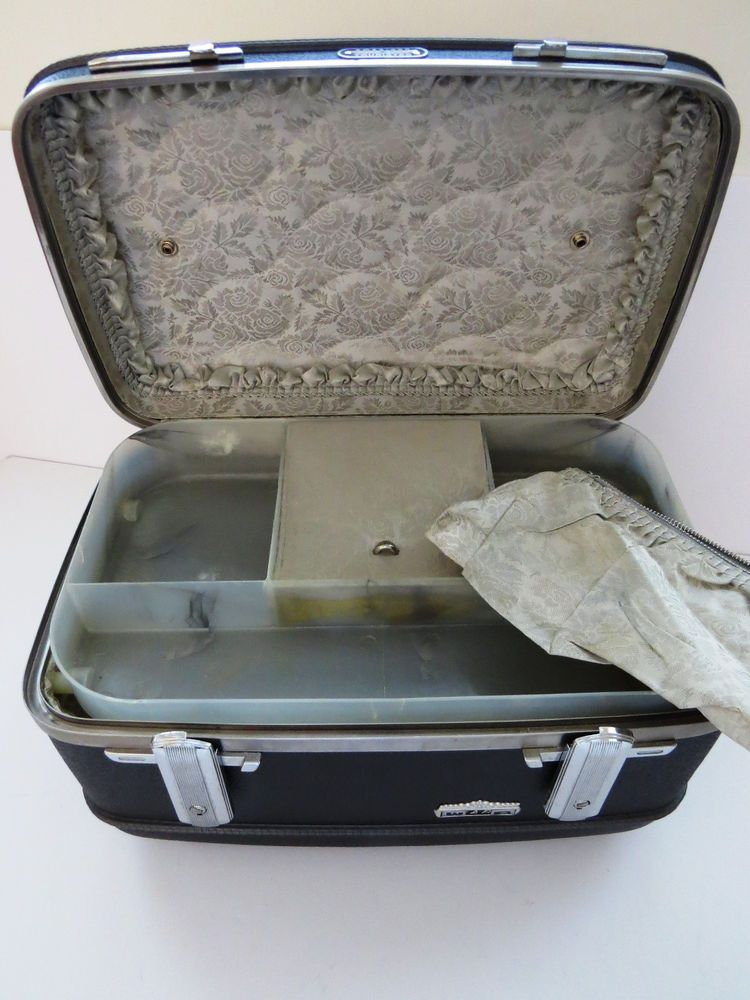Vintage Dark Gray Train Case by American Tourister with Tray and Pouch VGC #AmericanTourister
