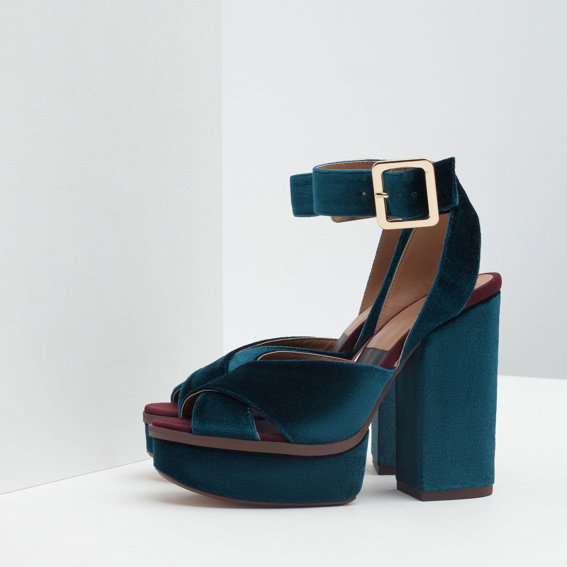 206aec4709c0 ZARA Velvet Platform Sandals