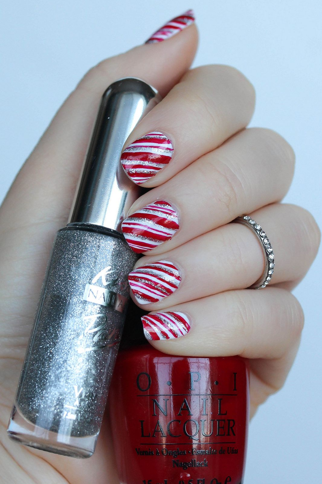 Easy Step-by-Step Christmas Candy Cane Manicure Tutorial | Candy ...