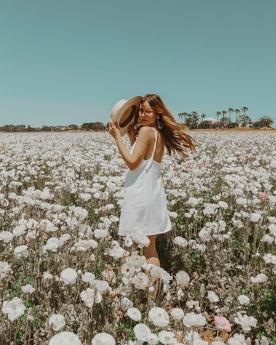Photography Inspiration For Photoshoot Sunday: Romantic Clearing Inspiration