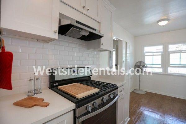 Apartment In Santa Monica 1 Bedroom 1 Bath 2500 Apartment Kitchen Cabinets Home Decor
