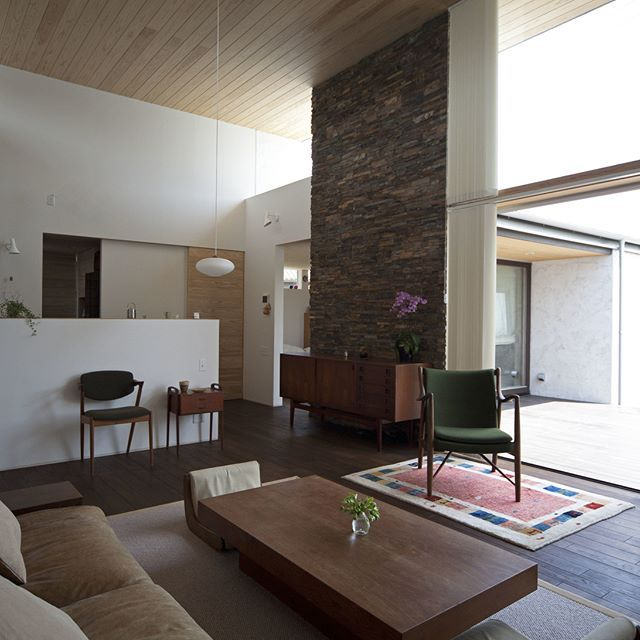 大きなウッドデッキと一体化するldk 木造 注文住宅 新築 工務店
