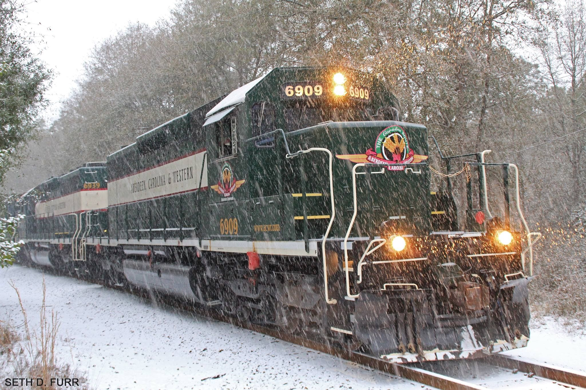 pin by 1 month realty diana dahlberg on trains railroad