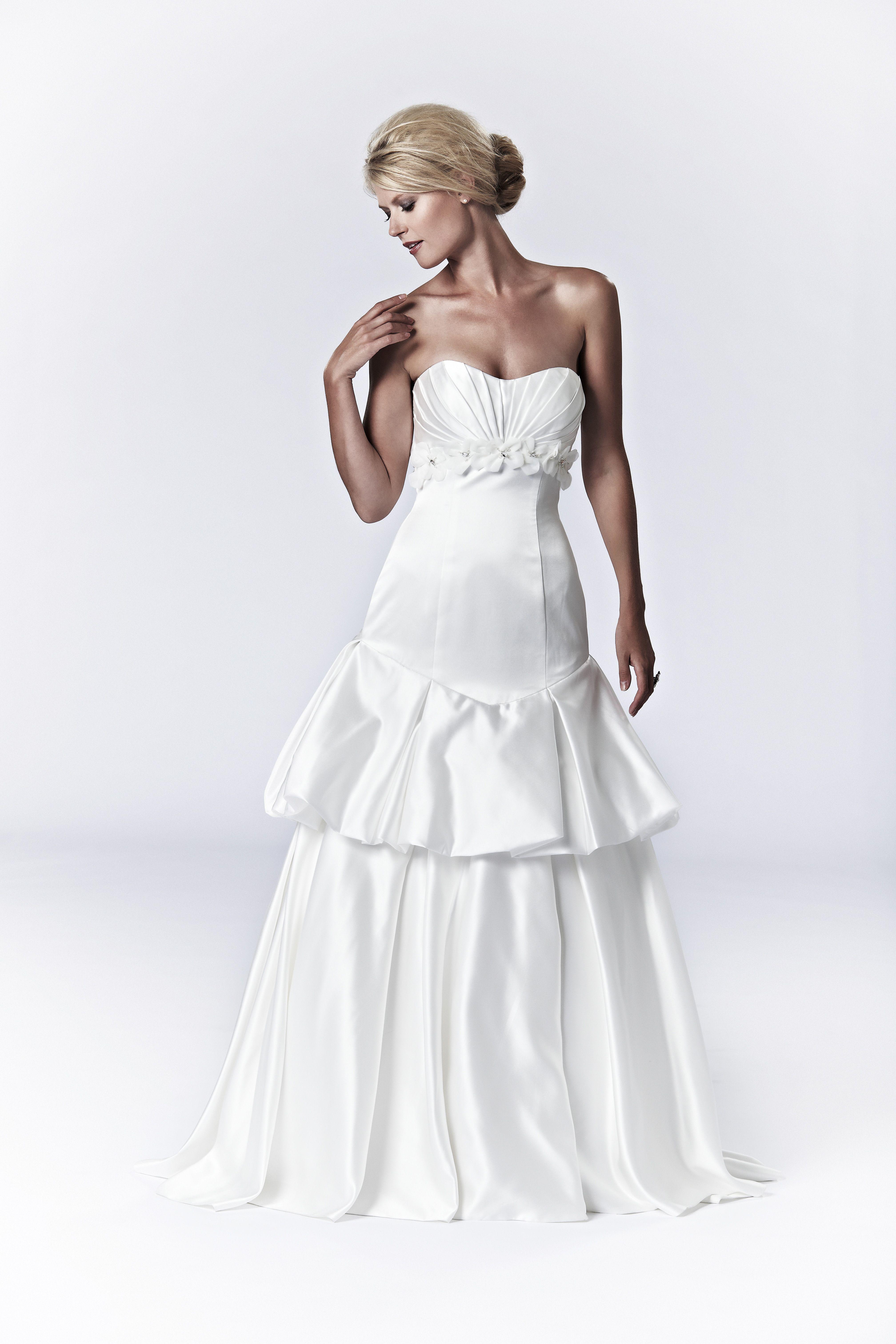 Unique But Beautiful Wedding Dress Photo Compliment Of Lis Simon