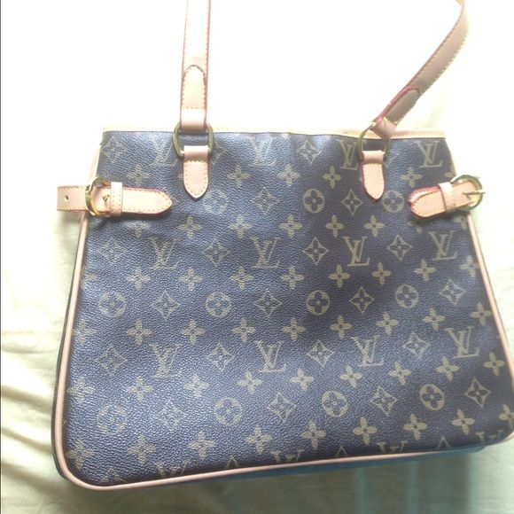 Louis Vuitton matching purse and wallet Used Louis Vuitton matching purse and wallet. Minor imperfections on purse such as small cracks in handle and 1 stain on inside. Wallet is in perfect condition. Louis Vuitton Bags Shoulder Bags