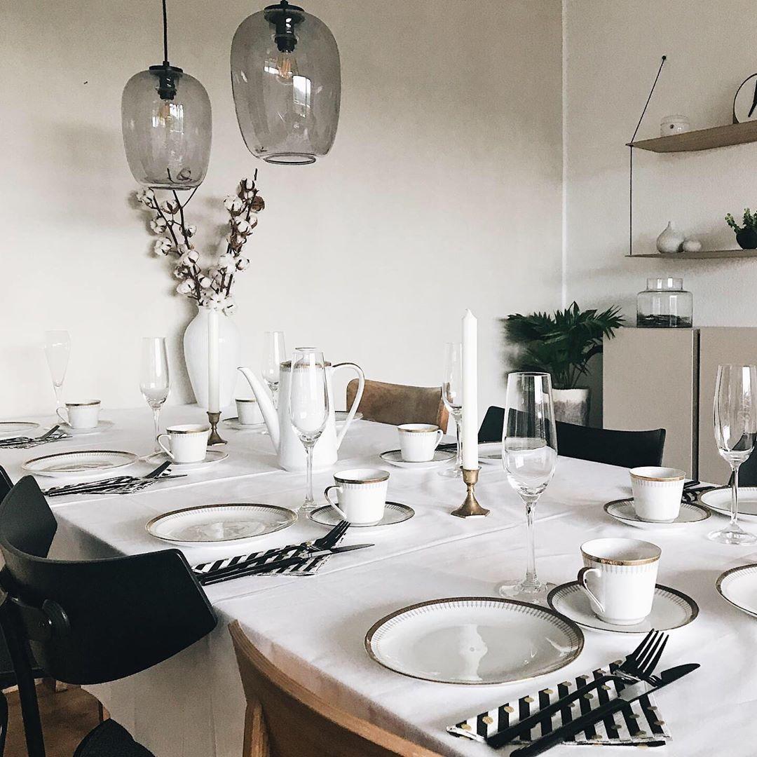 Design of Modern Nordic Livingroom. #mynordicroom #solebich #germaninteriorbloggers #interior #interiordesign #interior123 #interiorwarrior #interiorforinspo #interiorinspo #interiorismo #interiorism #minimalism #softminimalism #minimaldesign #minimaldecor #scandinaviandesign #japandi #wohnklamotte #couchstyle #sharemywestwingstyle #instahome #simplehomestyle #theperfectsimple #kleinerfeinerfeed #artexplore