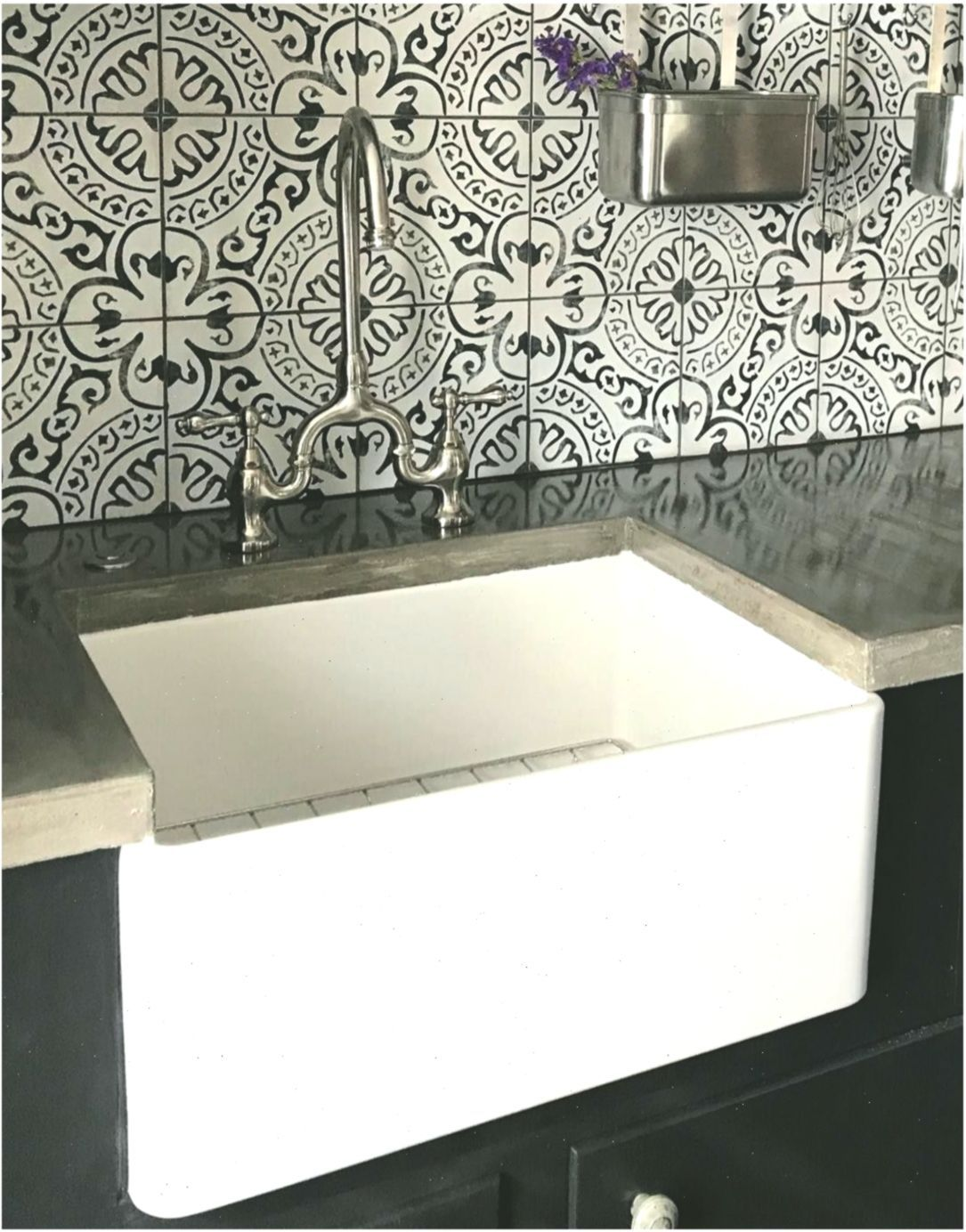 24 inch single bowl farmhouse sink with chrome drain and