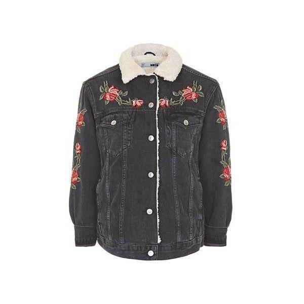 Outfit Westernboots Sacha Boho Kleid Oversized Jeansjacke: Topshop Petite Rose Embroidered Borg Jacket (€99) Liked On