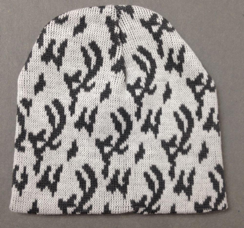 New OFF WHITE   DARK GRAY CAMO  PATTERN BEANIE Winter Knit Ski Hat Women(Or  Men)  Unbranded  Beanie 027073d7c864