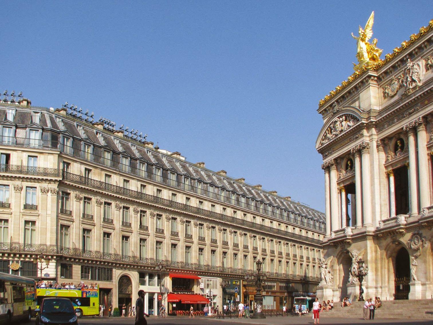 Lot de consolation -  Opéra de Paris, Place de l'Opéra, 2e.