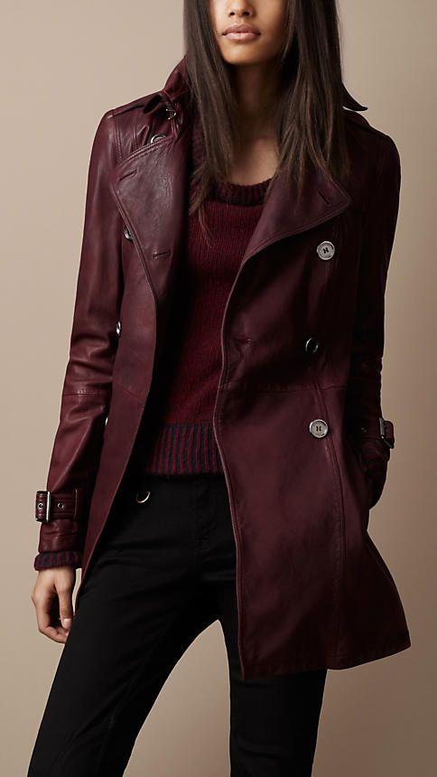Trench coat corto en cuero con detalle plisado | Burberry