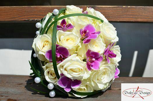wei e rosen pinke orchideen brautstrau pinterest wei e rosen pink und rose. Black Bedroom Furniture Sets. Home Design Ideas