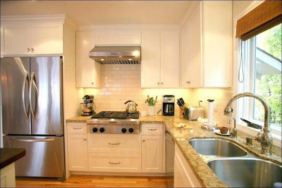 Cream Kitchen Cabinets With Stainless Steel Appliances Fresh Cream Colored Kitchen Cab White Modern Kitchen Antique White Kitchen Farmhouse Kitchen Inspiration